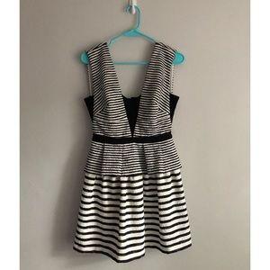BCBG Piper V-Neck Striped Peplum Dress Size 6